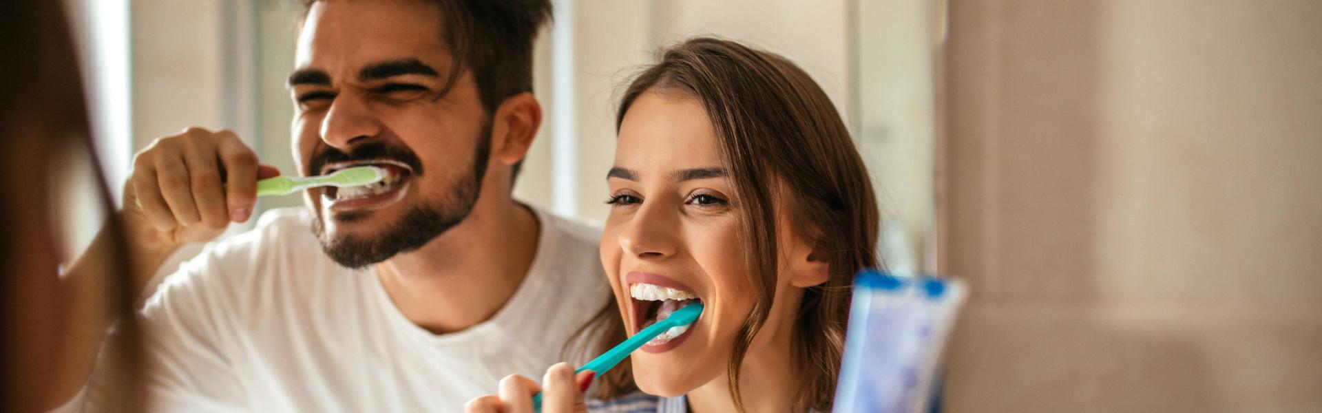 Spazzolino da denti: 10 modi alternativi
