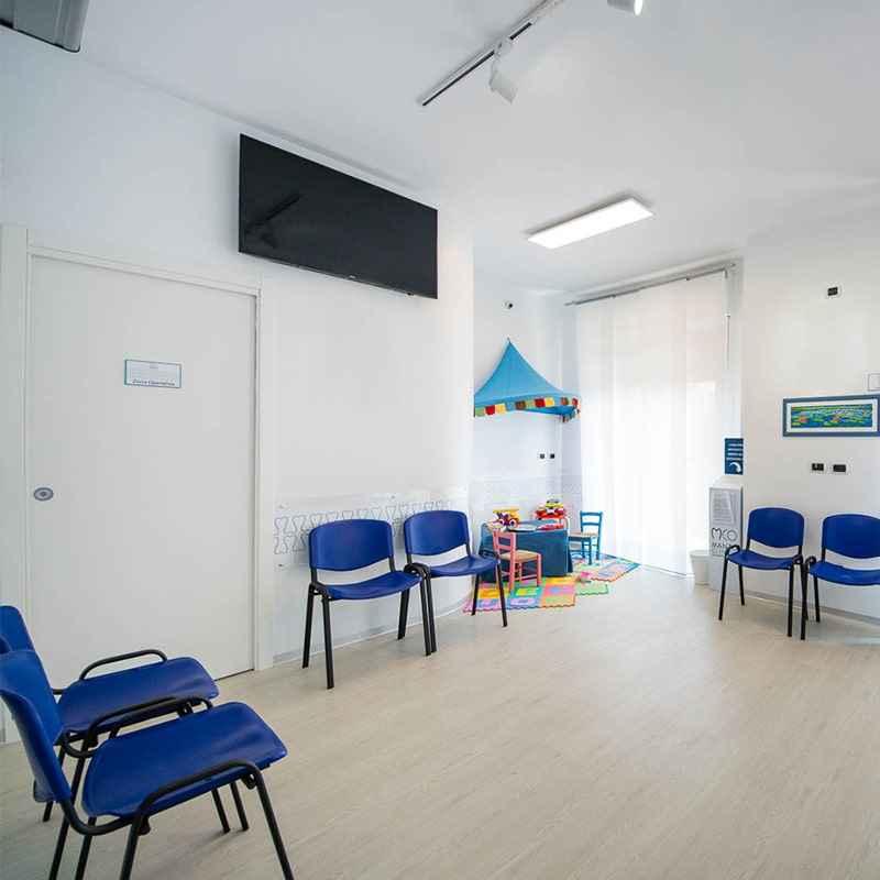 Manzo Clinica Odontoiatrica - MCO - Dentista Nanpoli - clinica - 2