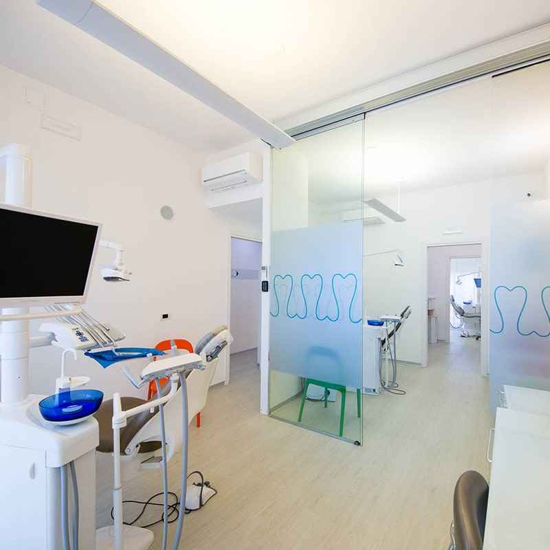 Manzo Clinica Odontoiatrica - MCO - Dentista Nanpoli - clinica - 4